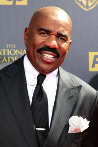 BURBANK - APR 26: Steve Harvey at the 42nd Daytime Emmy Awards Gala at Warner Bros. Studio on April 26, 2015 in Burbank, California