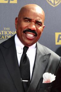 BURBANK - APR 26: Steve Harvey at the 42nd Daytime Emmy Awards Gala at Warner Bros. Studio on April 26, 2015 in Burbank, California